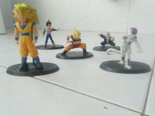 5 Figuras Dragon Ball