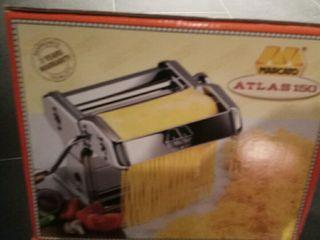 Maquina de hacer pasta