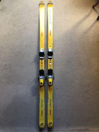 Esquís clásicos para mujer y niño