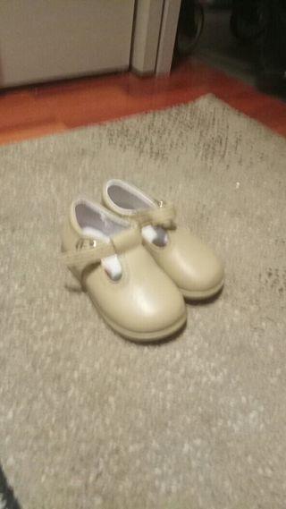 zapato niña 22