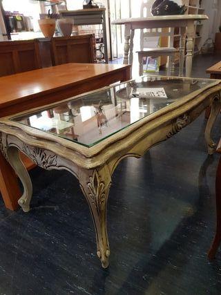 Mesa vintage restaurada