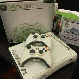 Xbox 360 con muchos extras
