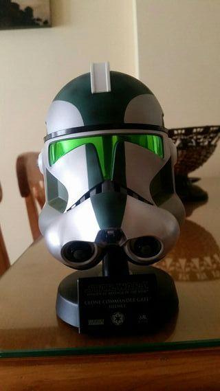 mini casco comandante verde master replicas