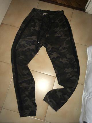 d39e8555672de Chandal militar de segunda mano en Barcelona en WALLAPOP