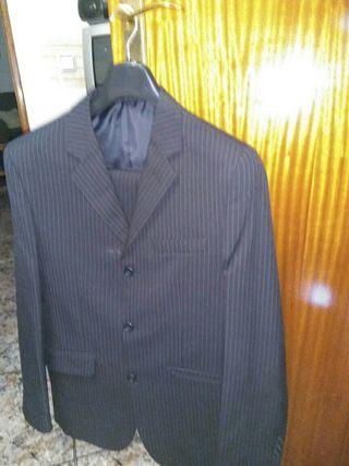 traje de caballero talla 50 negro a rayas