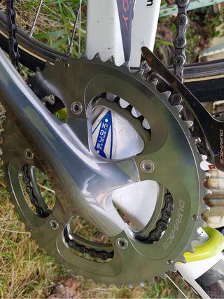 Bicicleta de carretera de carbono