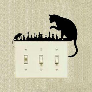 sticker gato y raton jugando ajedrez