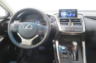 LEXUS NX 300H CORPORATE NAVIBOX 2WD AUTO 2.5 197 CV 5P