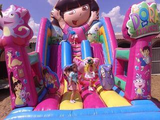 Castillo hinchable Dora la exploradora