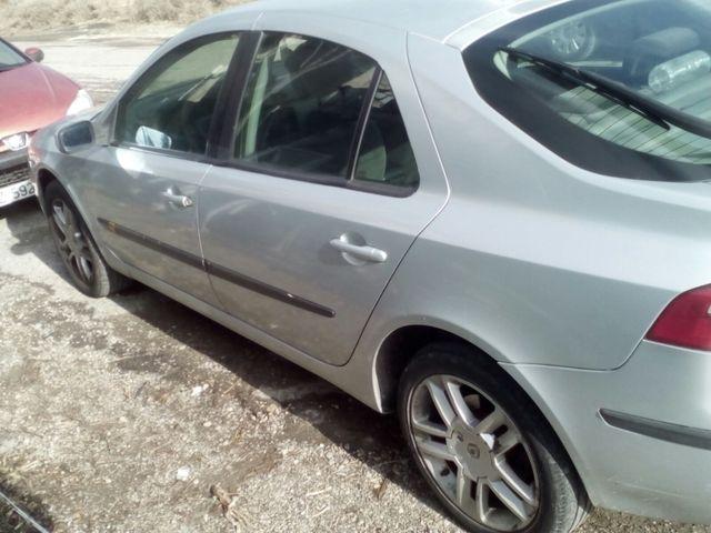 Renault Laguna 2003 averiado