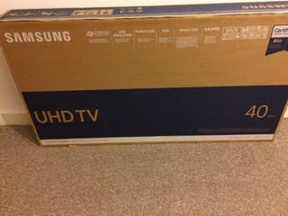 Samsung Smart TV unopened, New