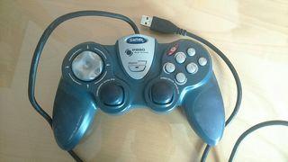 mando juegos ordenador saitek