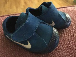 Playeros bebe Nike N18