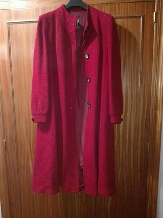 Abrigo mujer rojo
