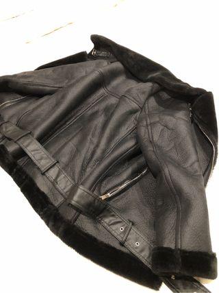 Abrigo cazadora negro