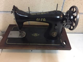Maquina coser antigua ALFA
