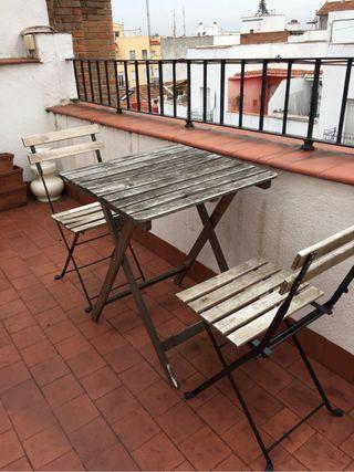 Mesa plegable sillas terraza de segunda mano por 15 en madrid wallapop - Sillas terraza segunda mano ...