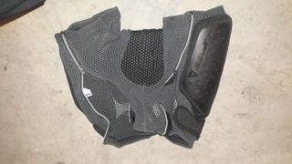 shorts protecciones dainese