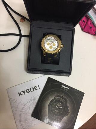 Reloj Kyboe