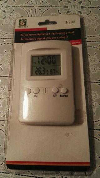 Termómetro digital con higrómetro y reloj