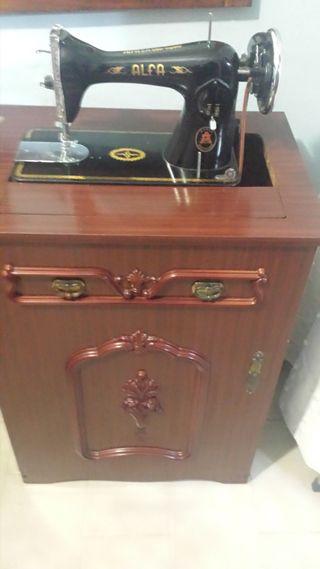 Maquina de coser antigua Alfa REBAJADA¡