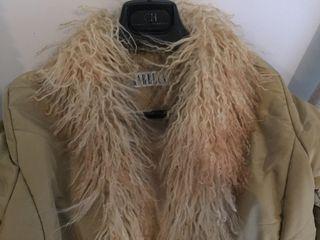Abrigo plumas marca Marella