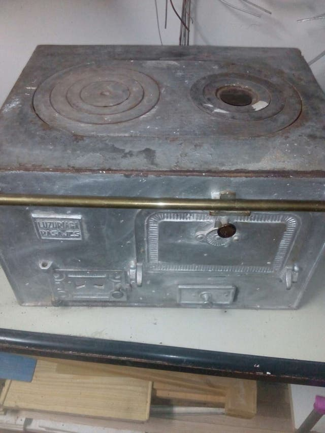 Cocina de carbon y le a antigua de segunda mano por 160 en pinto en wallapop - Cocinas de carbon y lena ...