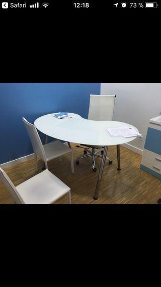 Mesa despacho ikea de segunda mano en wallapop - Mesa escritorio cristal ikea ...