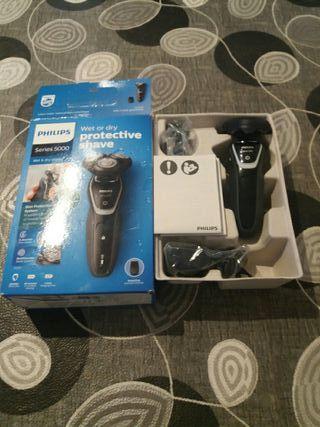 Máquina eléctrica de afeitar