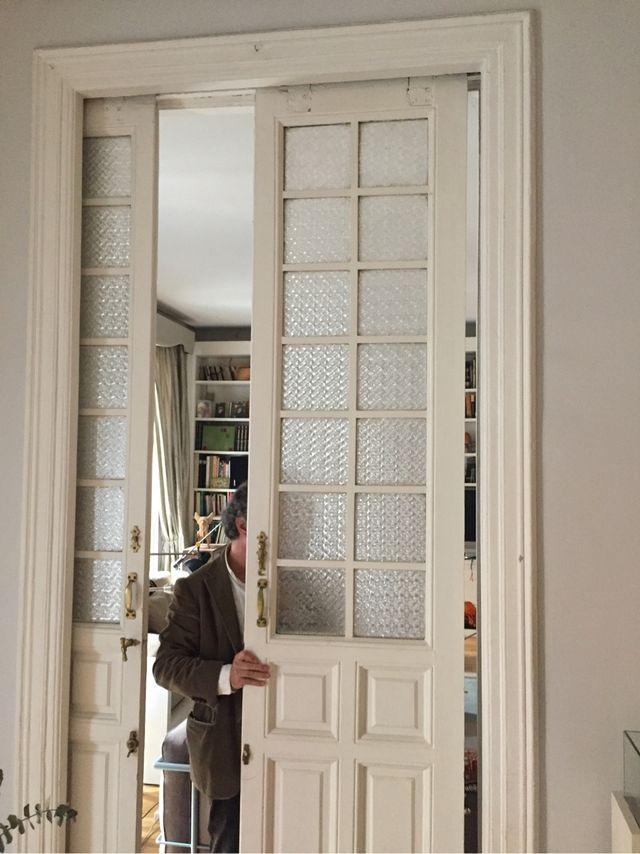 puertas ventanas antiguas restauradas pintadas de segunda