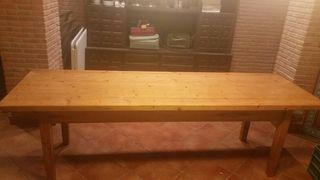 mesa sidreria con sillas