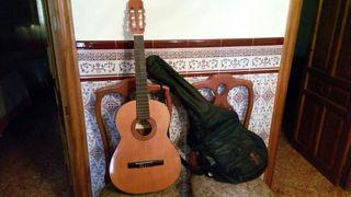 Guitarra Admira Paloma