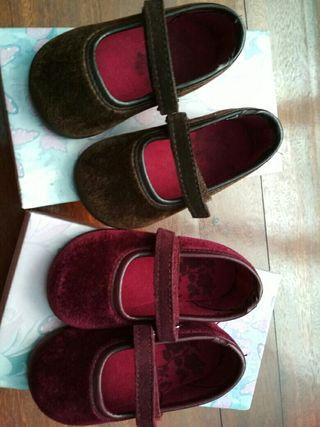 zapatos niña talla 20 en color marrón y burdeos