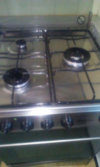 Cocinas de gas con horno el ctrico de segunda mano en wallapop for Cocina de gas con horno electrico