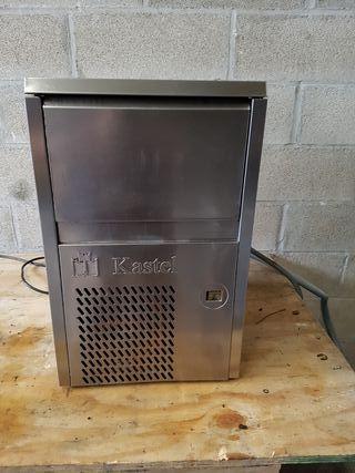 maquina de hielo de 10 kilos y 36 kilos de trabajo