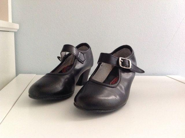 9d52082338f Zapato Niña Baile Flamenco Talla 26. de segunda mano por 5 € en ...