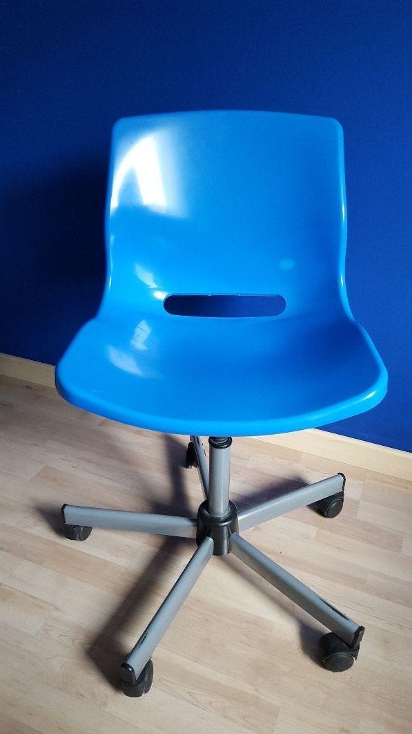 Silla escritorio juvenil de segunda mano por 15 en for Silla para escritorio en dormitorio juvenil