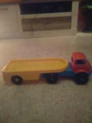 camion con remolque de juguete