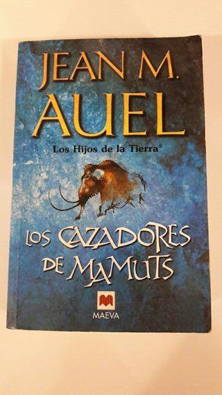 """Libro """"Los cazadores de mamuts"""""""