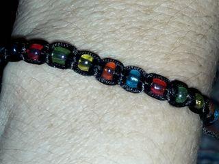 pulseras de hilo hechas a mano