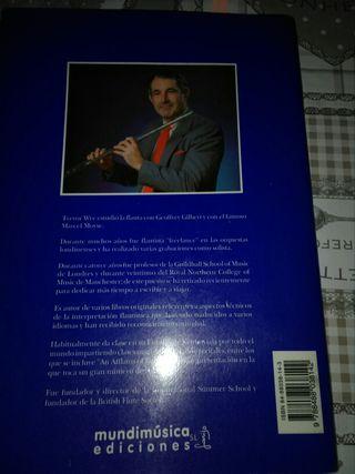 Libro flauta travesera.