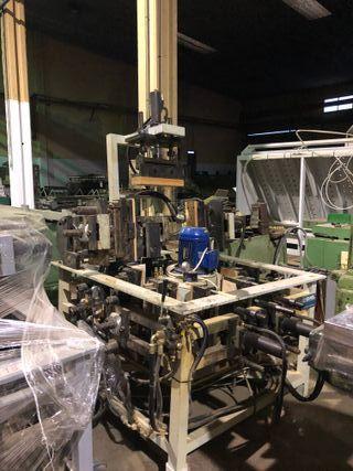 Se venden prensas para sillas