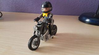 Playmobil moto y muñeco