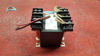 Transformador 220 a 12 v
