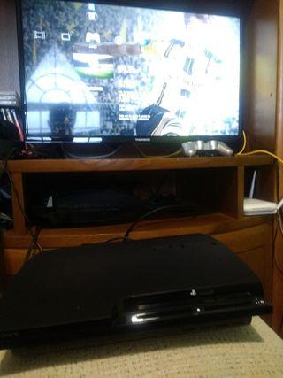 Playstation 3 (PS 3) 150GB + 2 mandos + micro