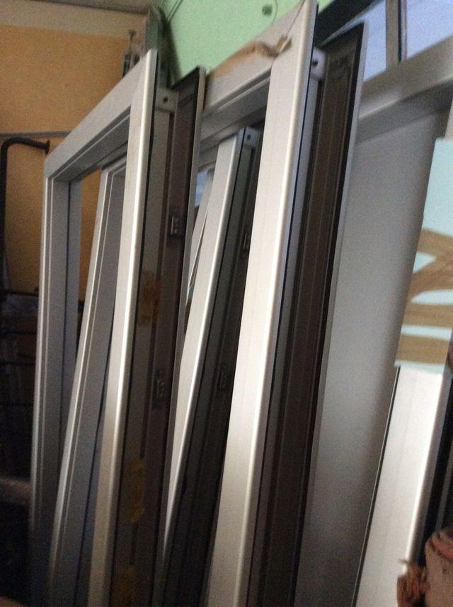 Puertas con marcos ajustables de segunda mano por 200 € en Vícar ...