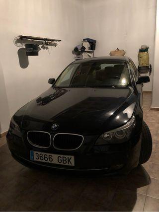 BMW Serie 5 con cambio automático año 2008