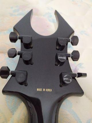 Guitarra eléctrica koreana BC Rich, cambio