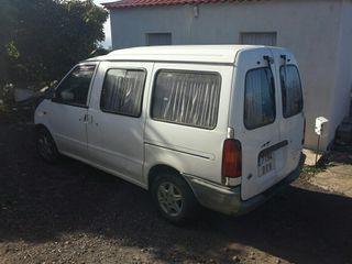 Nissan Vanette 2001
