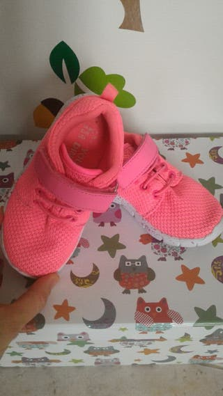 zapato niña primark sin estrenar